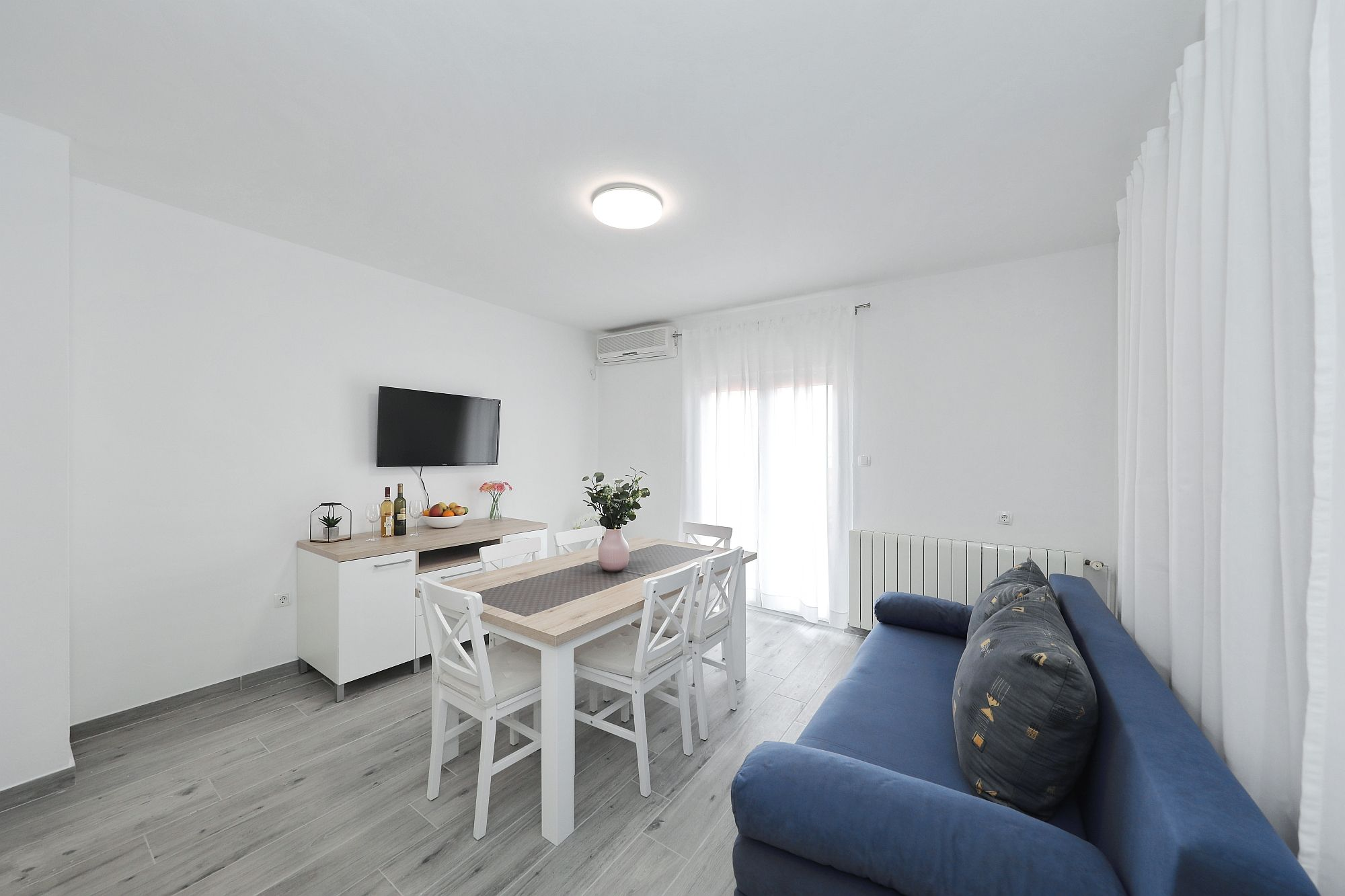 Apartma 2, A5+1