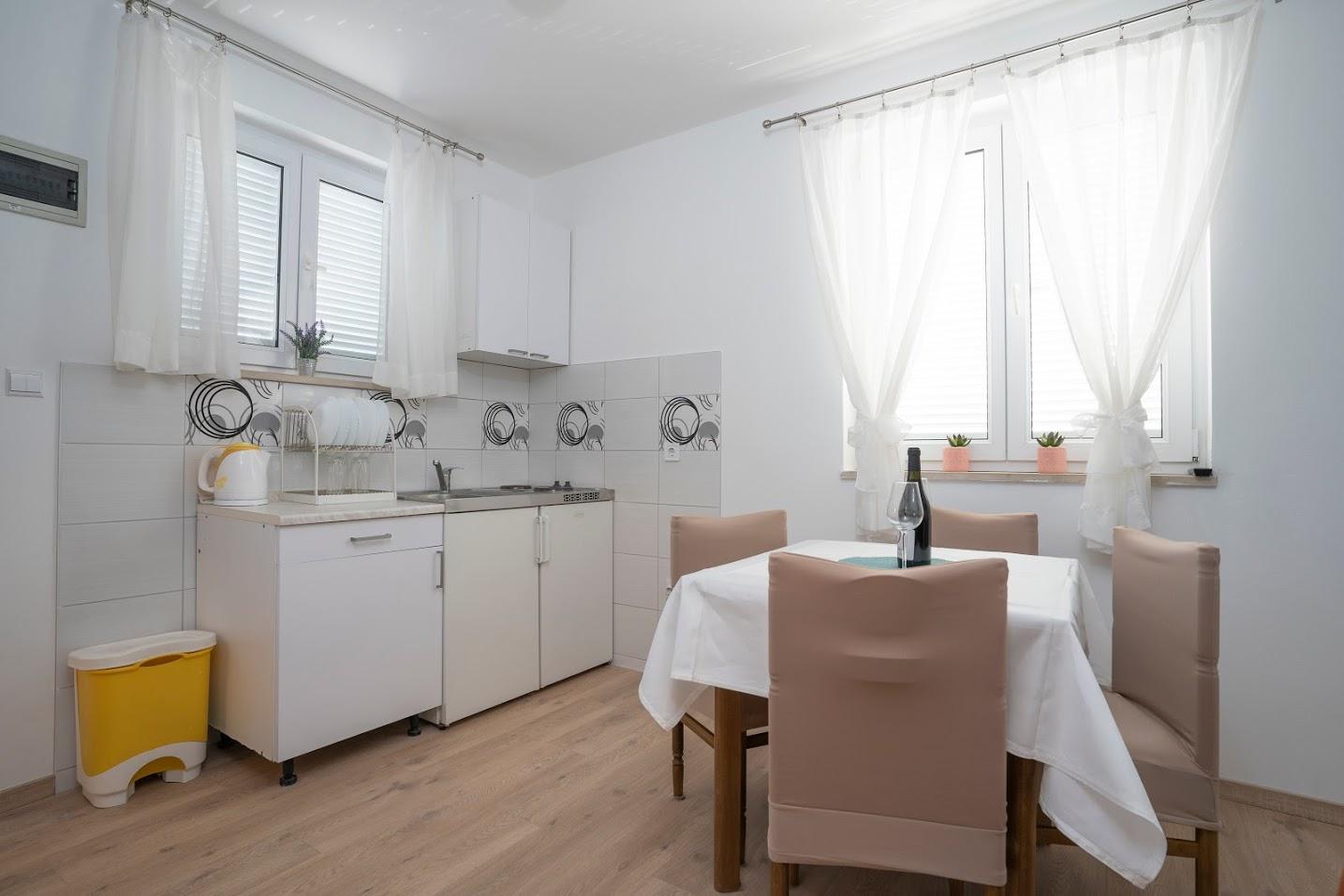 Apartma 1, 2+2
